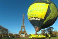 Greenpeace hot air balloon in Paris