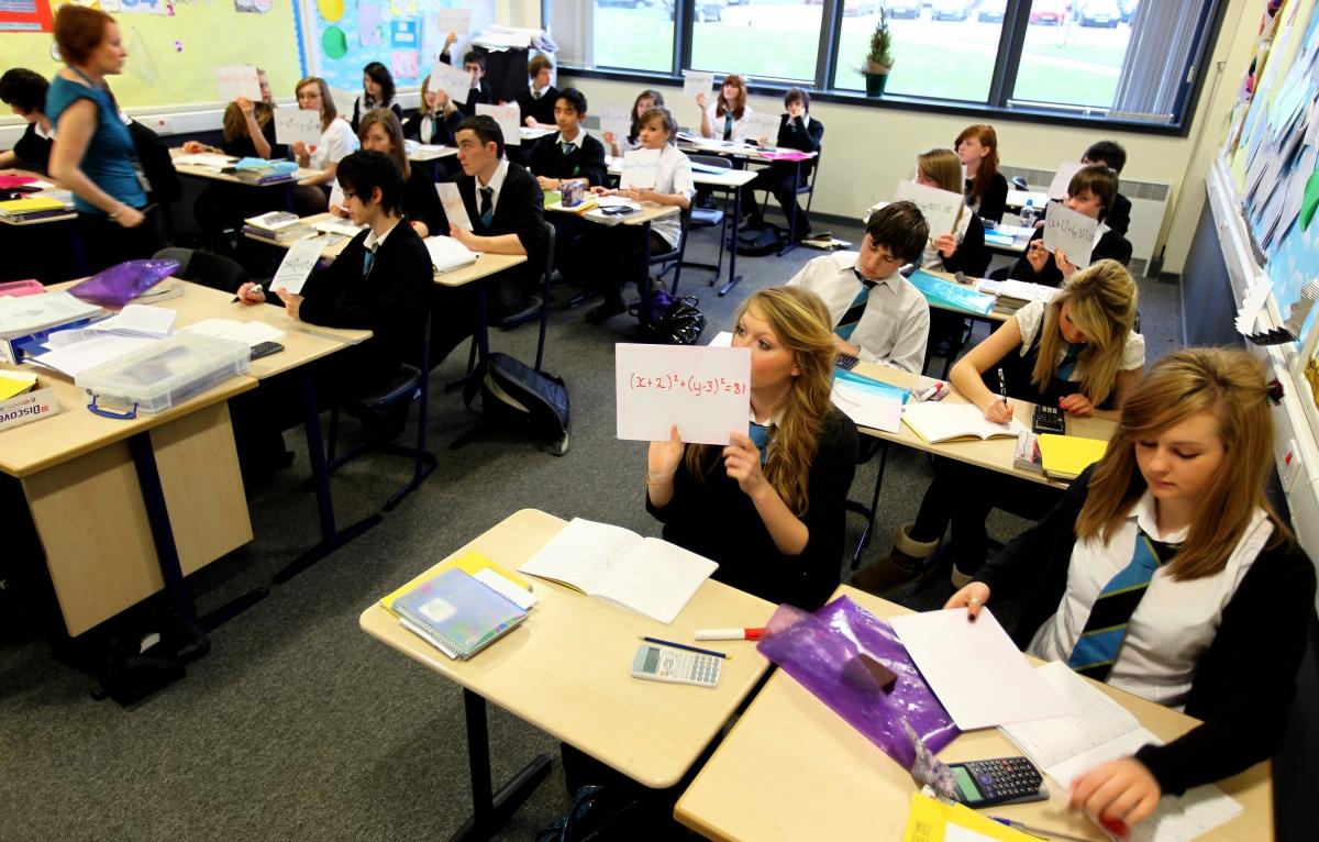 gender pay gap study shows teenage girls expect to earn pound  gender pay gap study shows teenage girls expect to earn pound7 000 less than boys