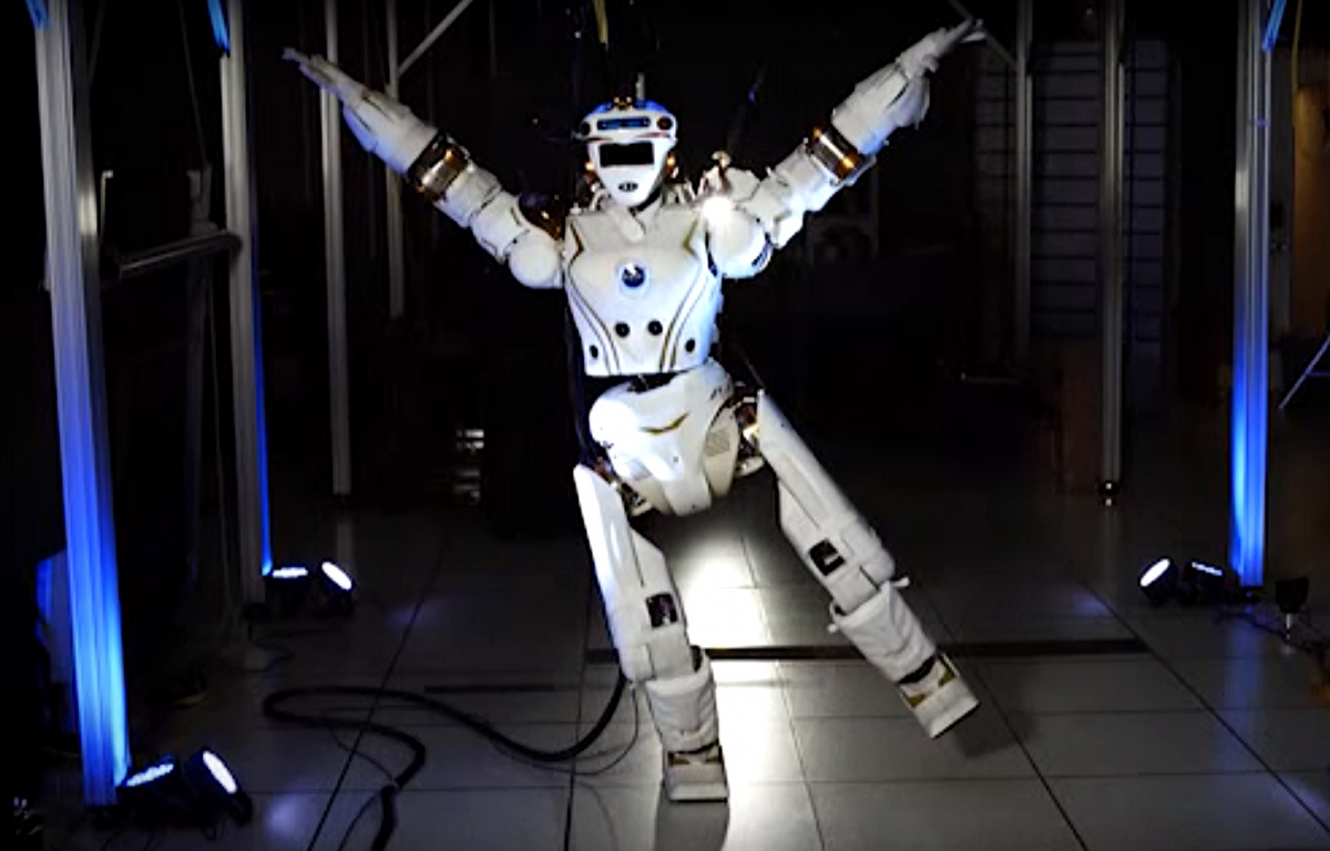 Nasa R5 Valkyrie humanoid robot dancing video