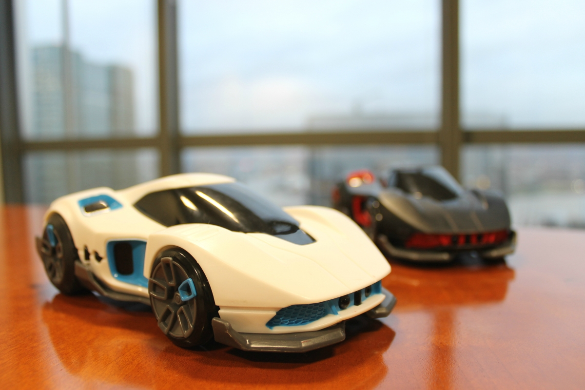 REV review wowwee cars AI