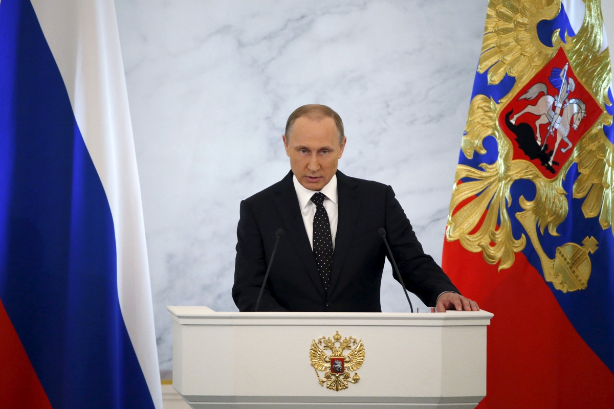 Putin gives address