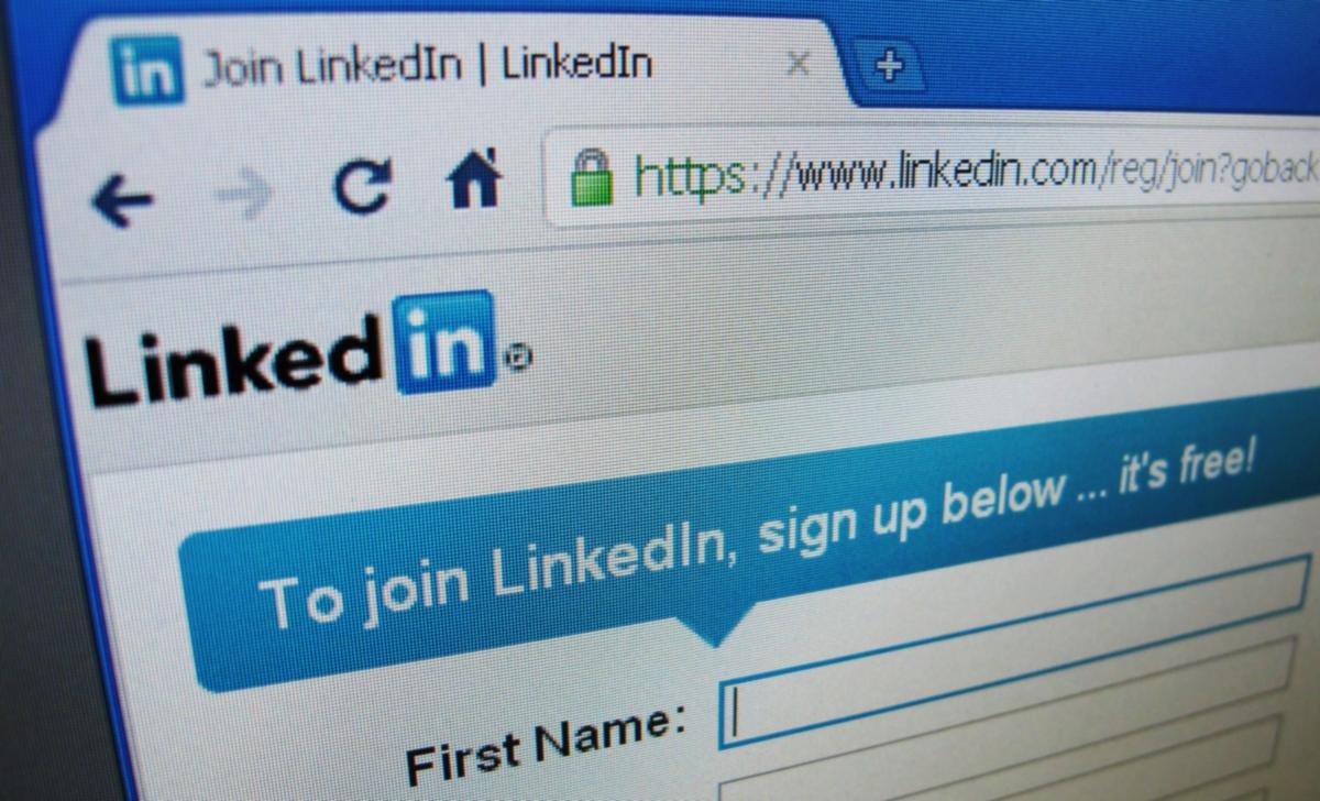 LinkedIn fake profiles