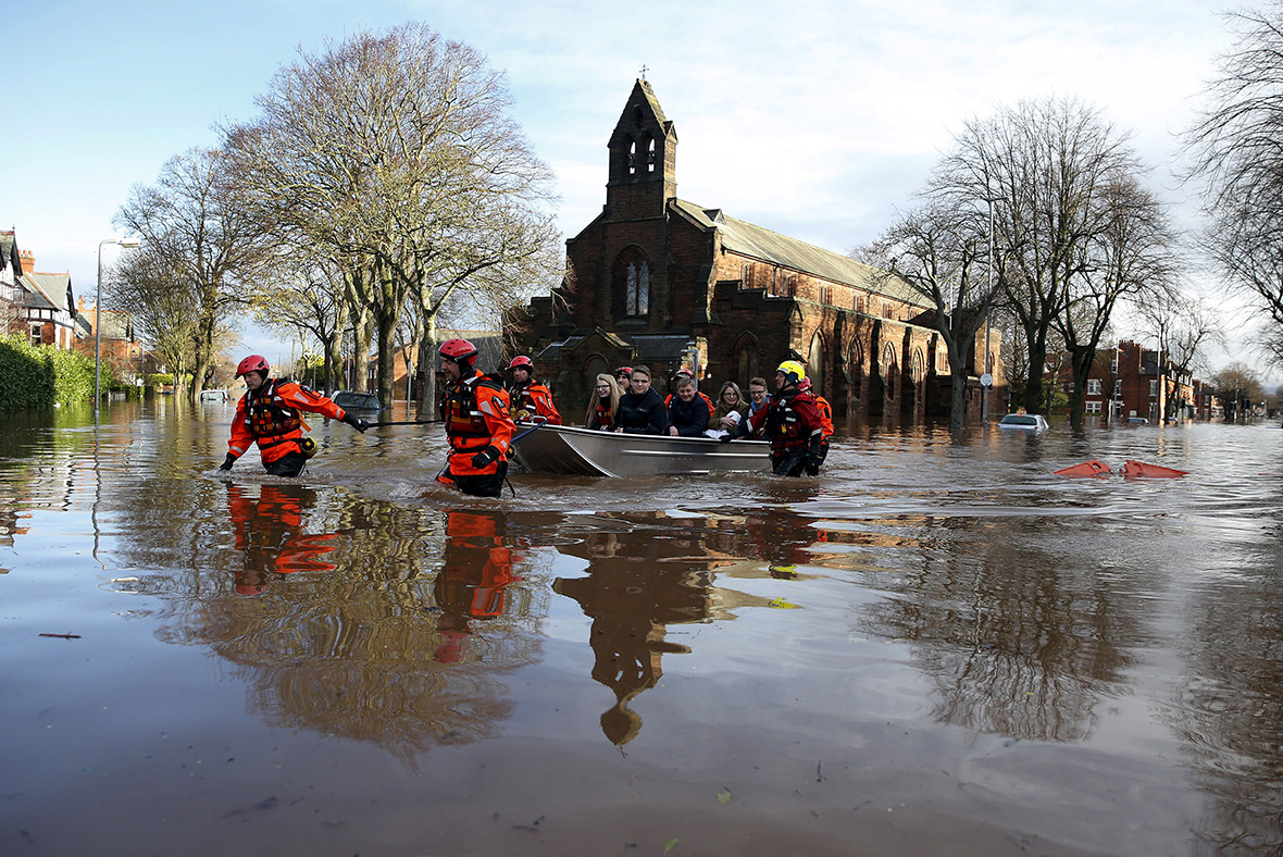 carlisle flooding A whole lesson where learners investigate what types of landscape are more susceptible to flooding a gcse style question could quite easily be added to the lesson for assessment/ exam practice.