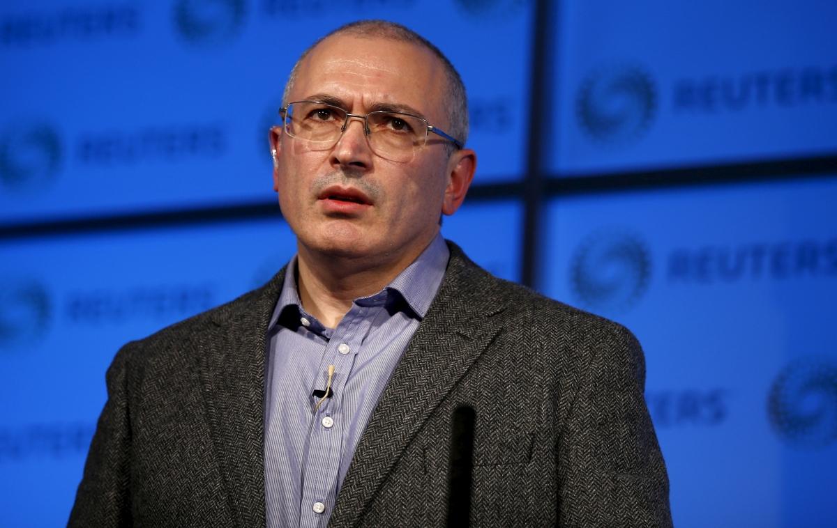 Mikhail Khodorkovsky addresses an audience in London