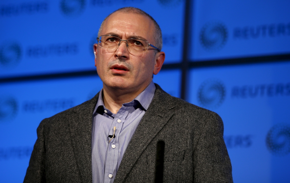 Mikhail Khodorkovsky addresses an audience in London