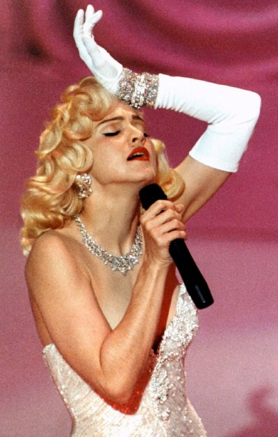 Madonna performs Best Original Song nominee quotSooner or Laterquot from quotDick Tracyquot at Academy Awards on March 25, 1991