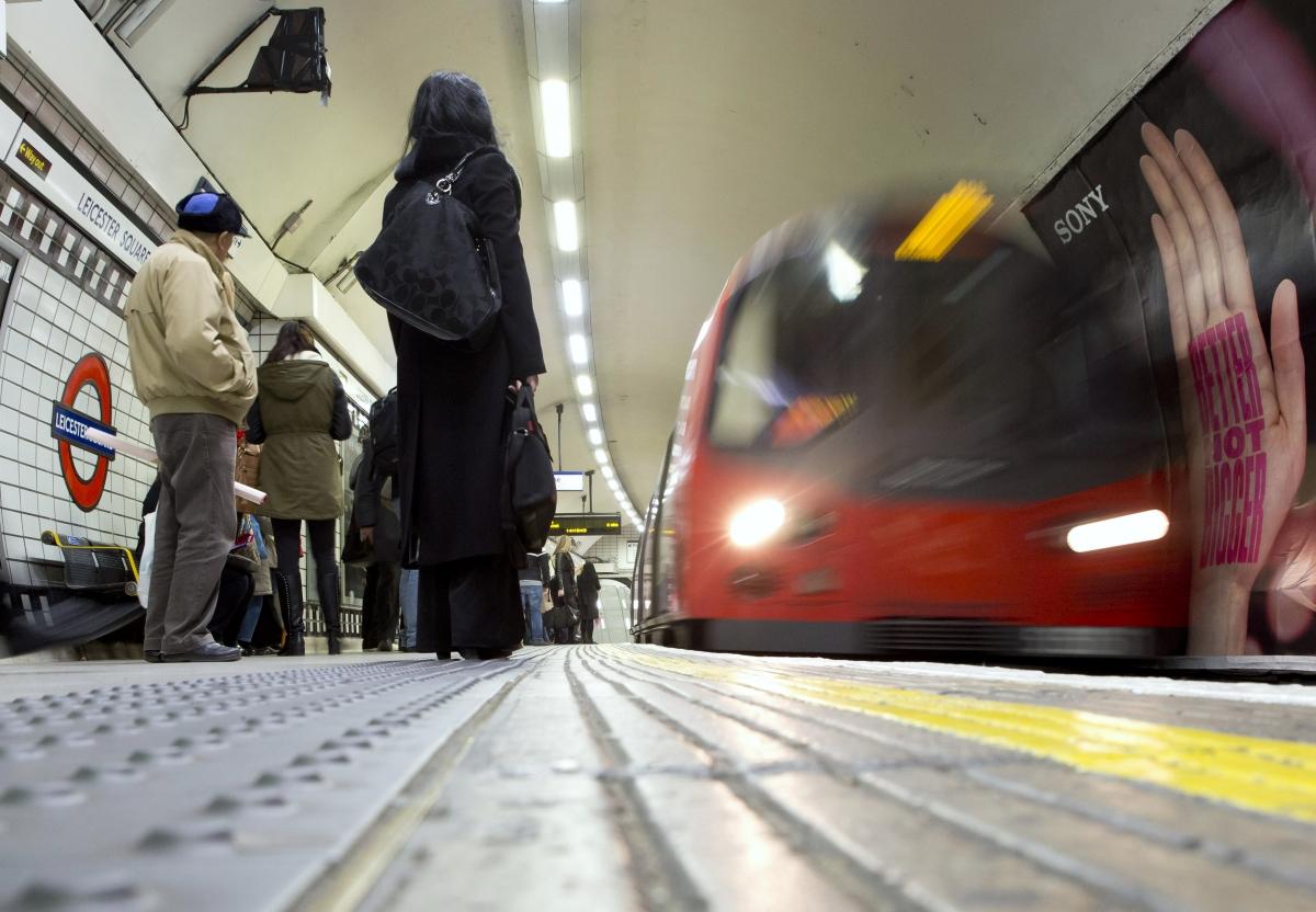 Muslim man kicked off Tube train