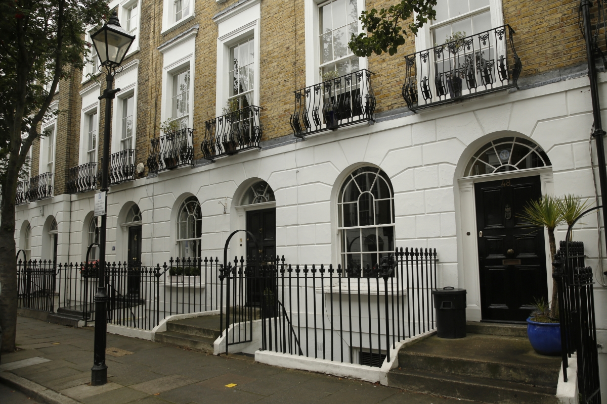 Buy-to-Let investors Fergus and Judith Wilson to sell entire inventory of 900 houses for £250m