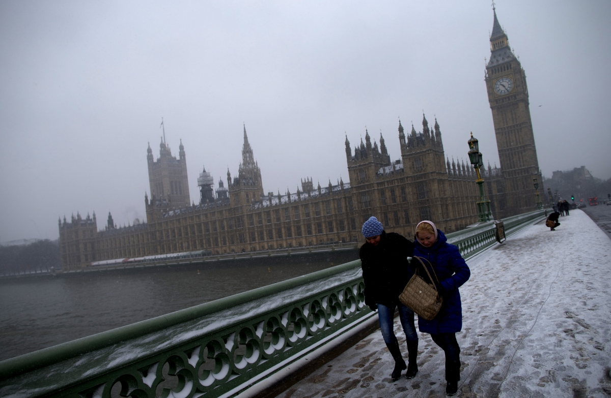 Snow outside the Palace of Westminster