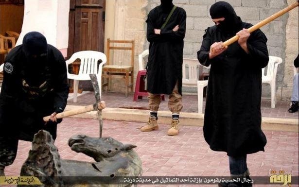 IS in Derna
