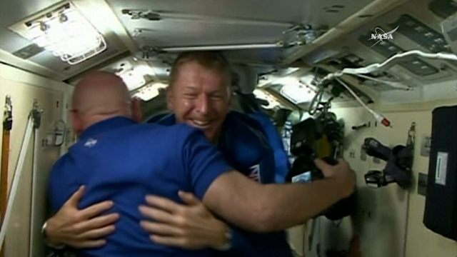 Tim Peake reaches ISS
