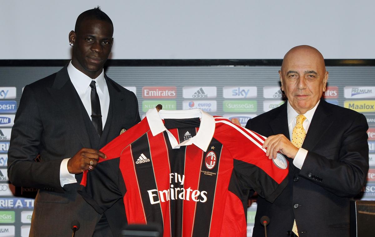 Mario Balotelli shirt stolen AC Milan