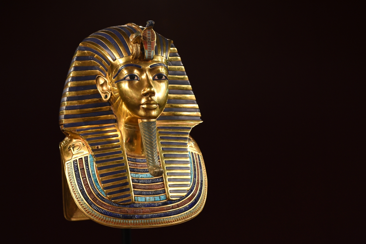 Golden mask of Tutankhamun