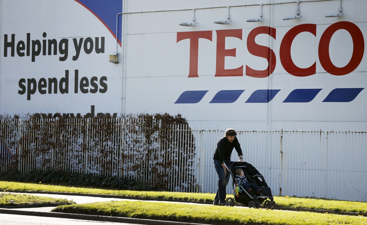 Tesco builds temporary store in a week to replace its Carlisle store which was flooded by Storm Desmond