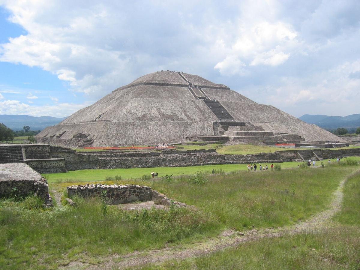 Teotihuacan temple