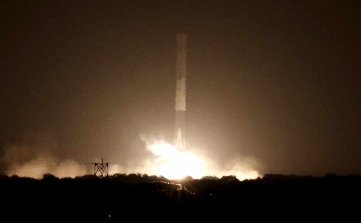 SpaceX Watch Falcon 9 Rocket Make Historic Vertical