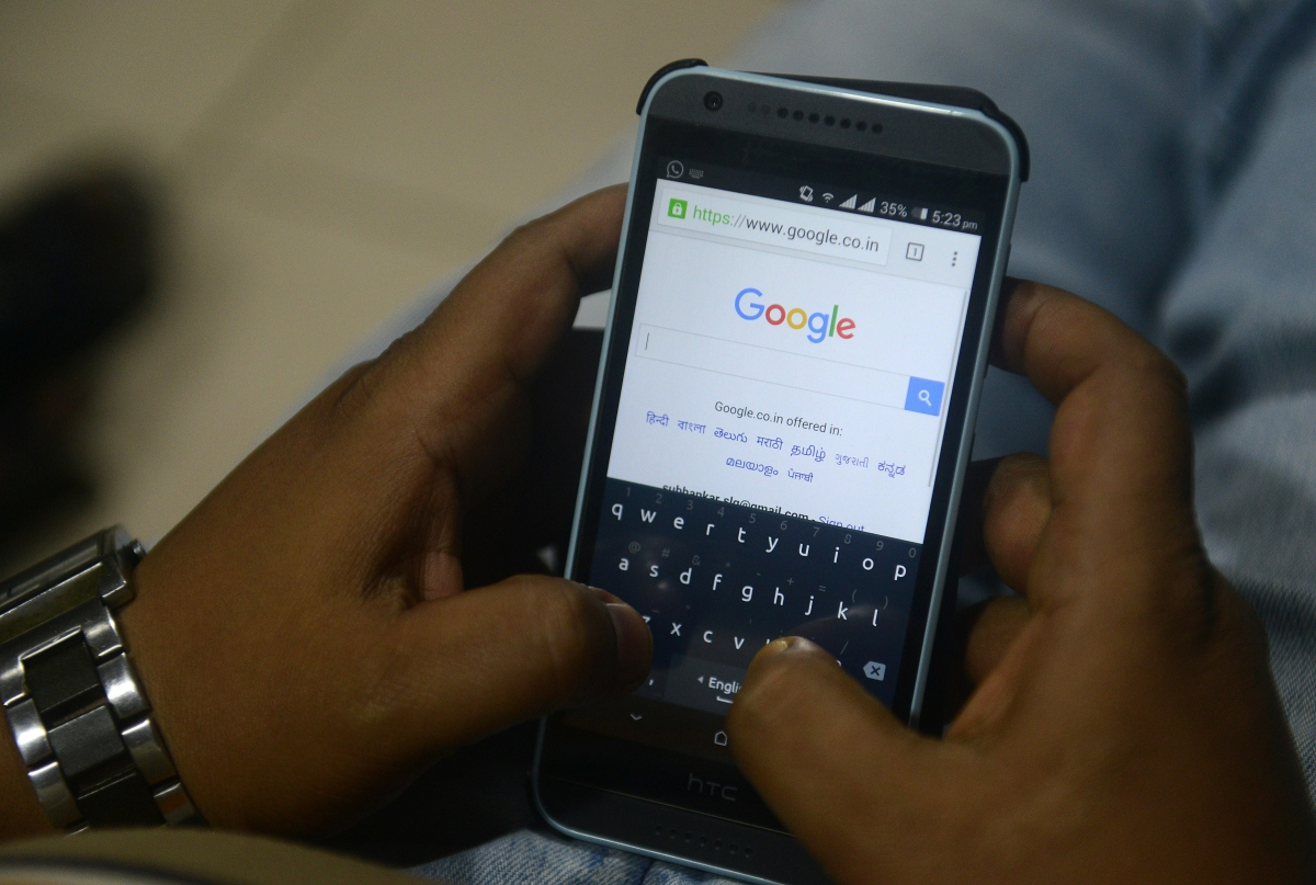 Google's smart messaging app