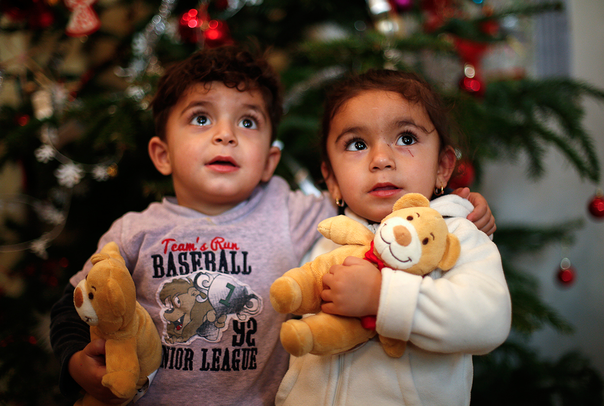 Migrants In Germany Refugee Children Sing Christmas