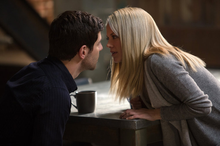 Grimm Season 5 Episode 7 There There Love Brewing Between-5012