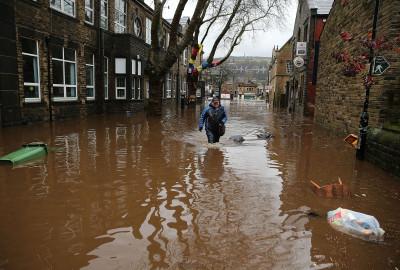 UK floods severe warning
