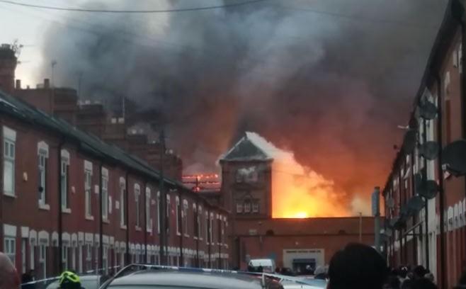 leicester fire  huge factory blaze  u0026 39 under control u0026 39  as
