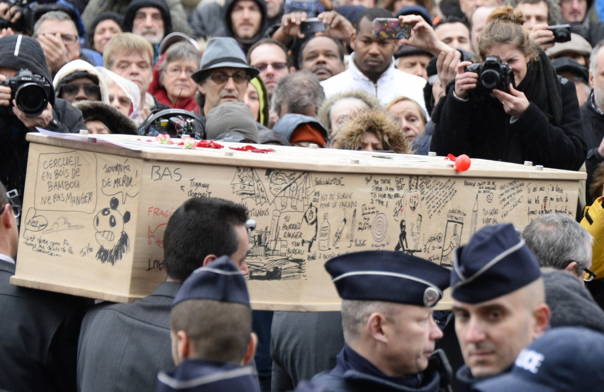 The coffin of Bernard 'Tignous' Verlhac