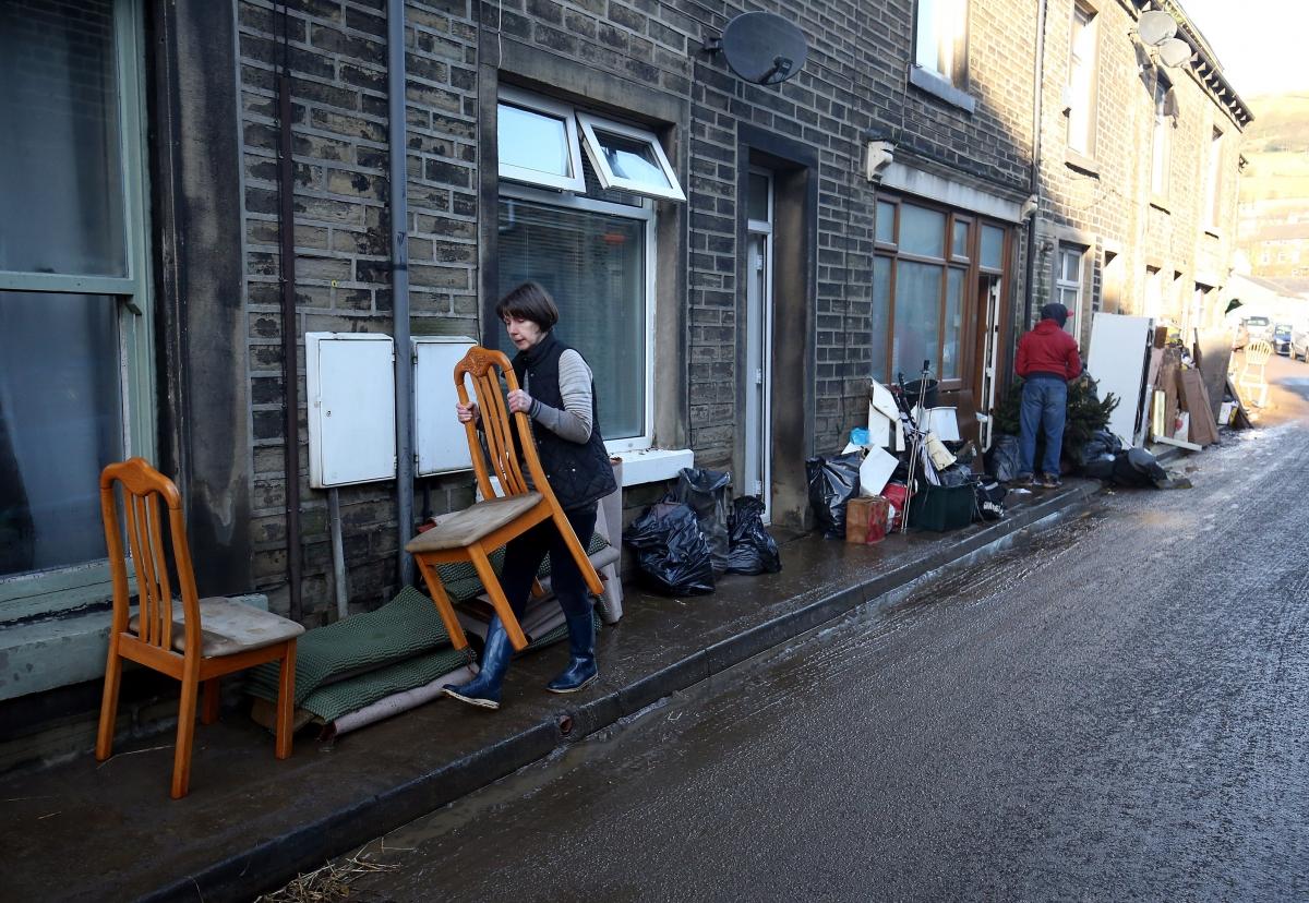 looting floods MYTHOLMROYD