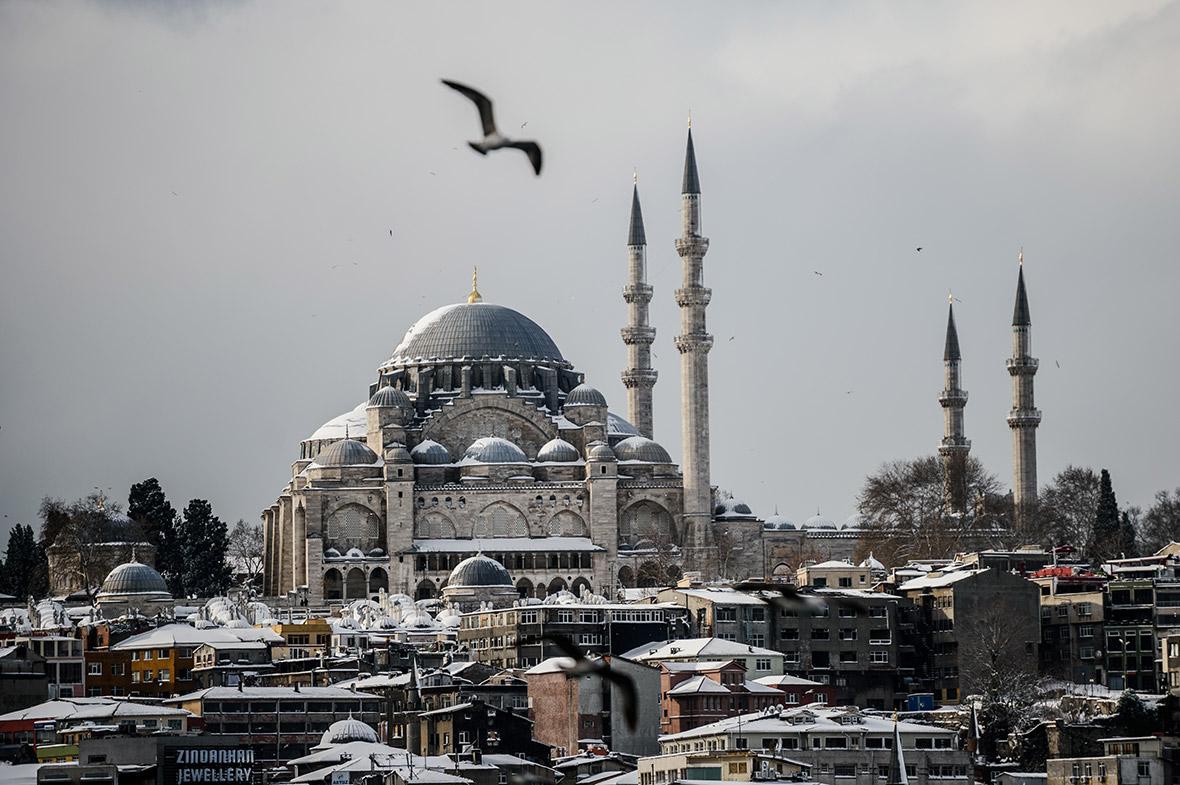 snow Istanbul