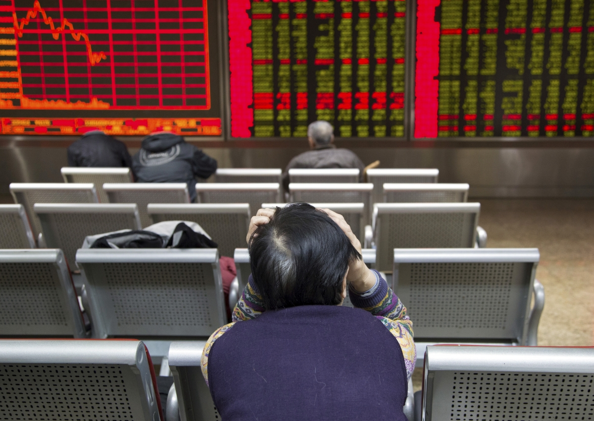 Asian markets in the red on the first trading day of 2016 following weak data & currency devaluation from China