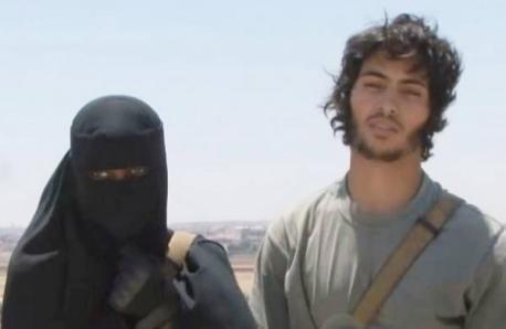 Isa Dare Daesh Syria Khadijah