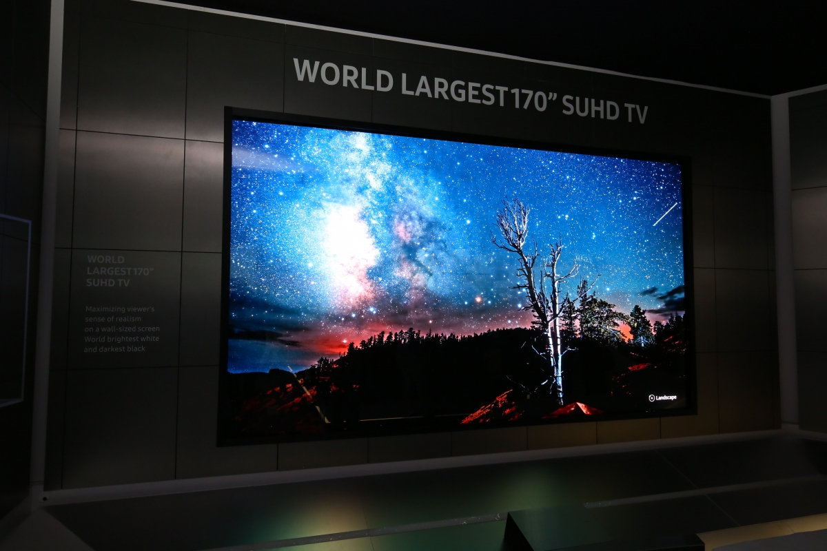 ces 2016 samsung reveals world 39 s largest 170 inch suhd television. Black Bedroom Furniture Sets. Home Design Ideas