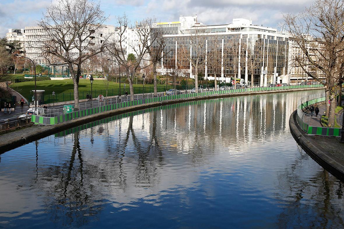 paris canal draining