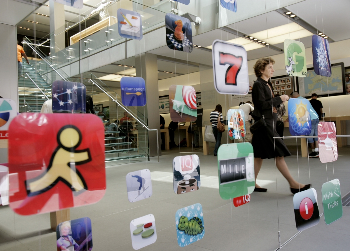 Apple App Store record-breaking holiday sales
