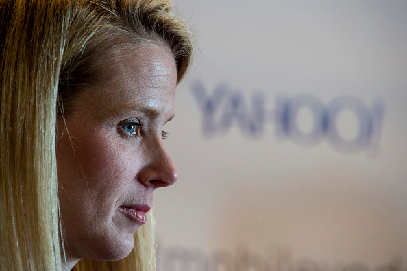 Yahoo working on plan to cut workforce by 10%