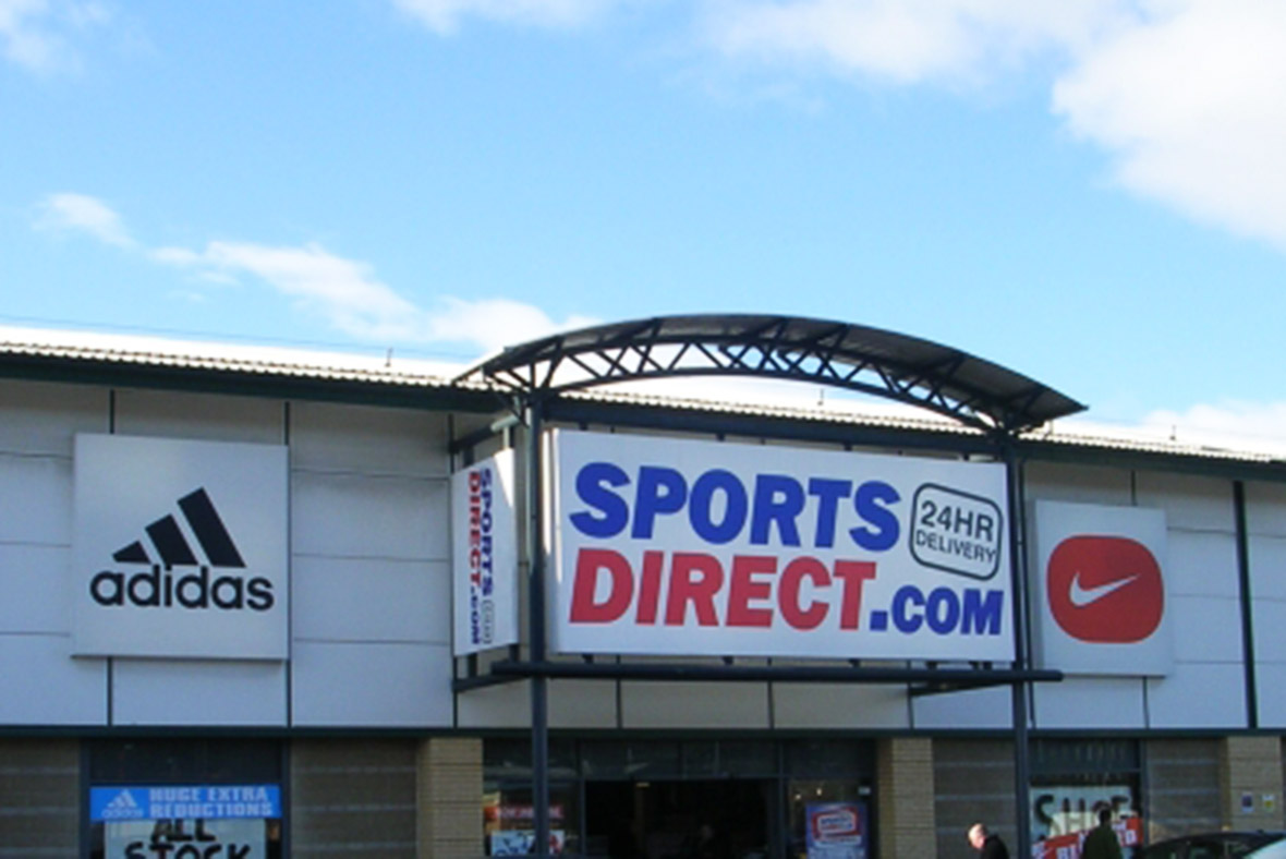 Sports Direct shares plunge after profit warning with warm Christmas blamed