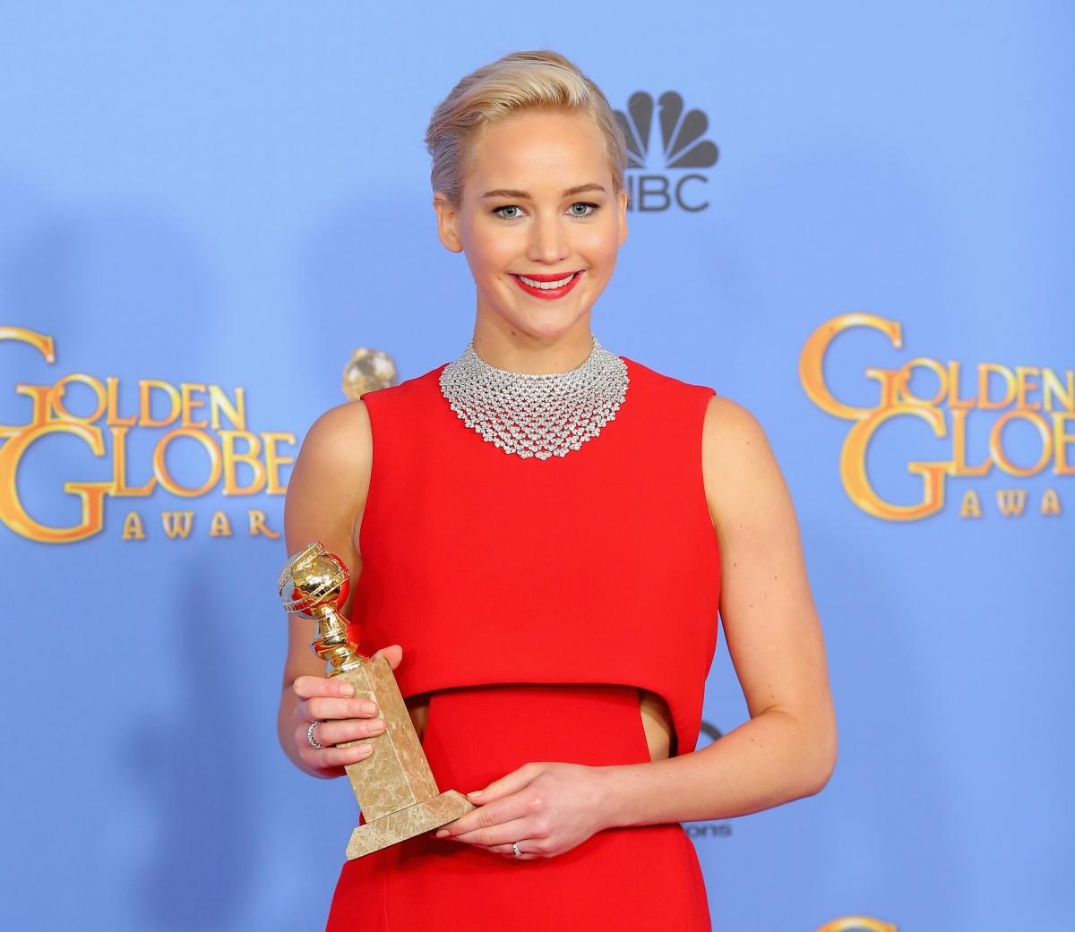 Jennifer Lawrence at the 2016 Golden Globes