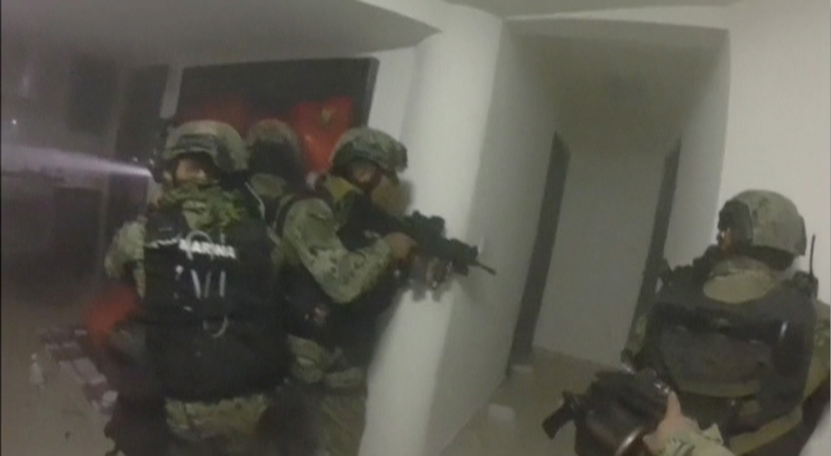 Mexico Video Footage Of Dramatic Gunfight Between Marines