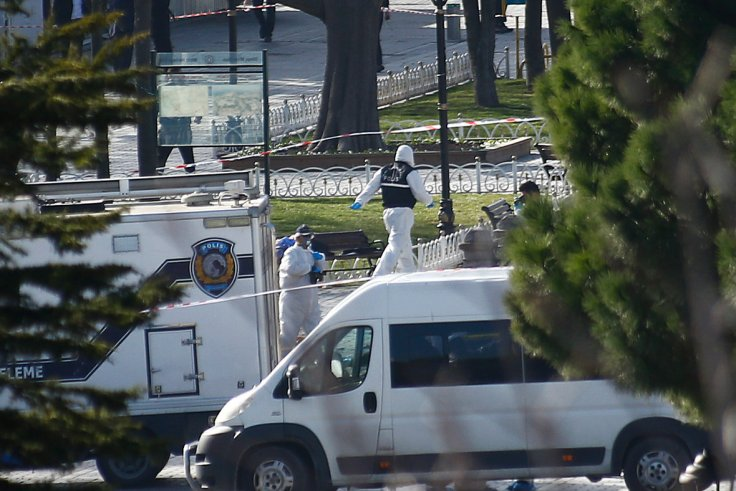 Istanbul explosion, police at the scene