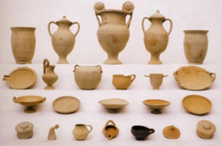 grave artefacts