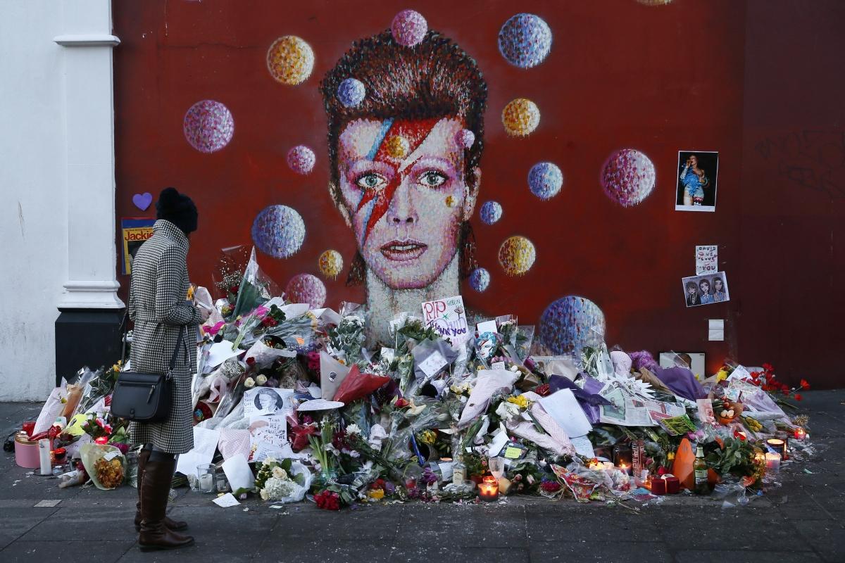 David Bowie death: Singer's 'Bowie Bonds' helps his family inherit £135m