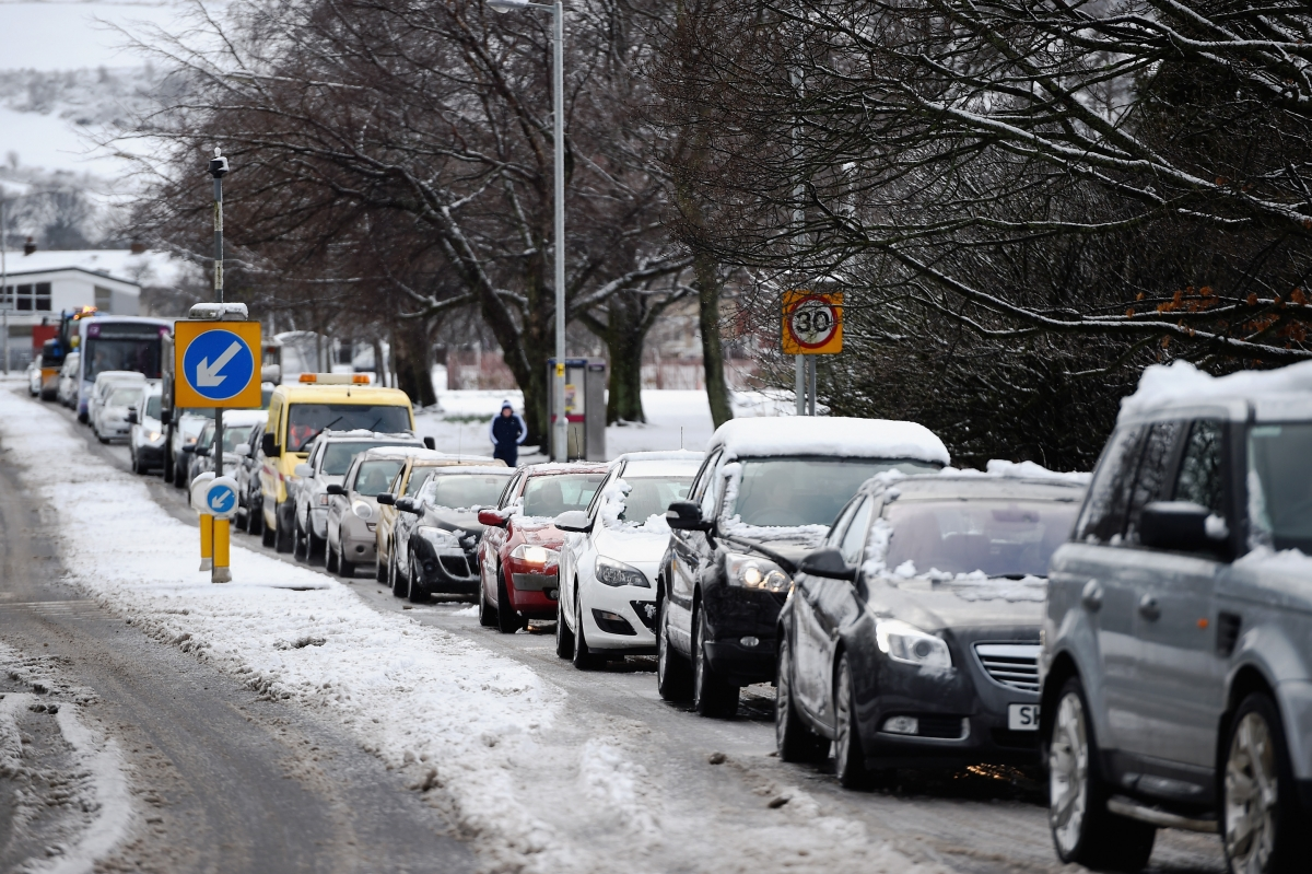 Snow causes travel disruption