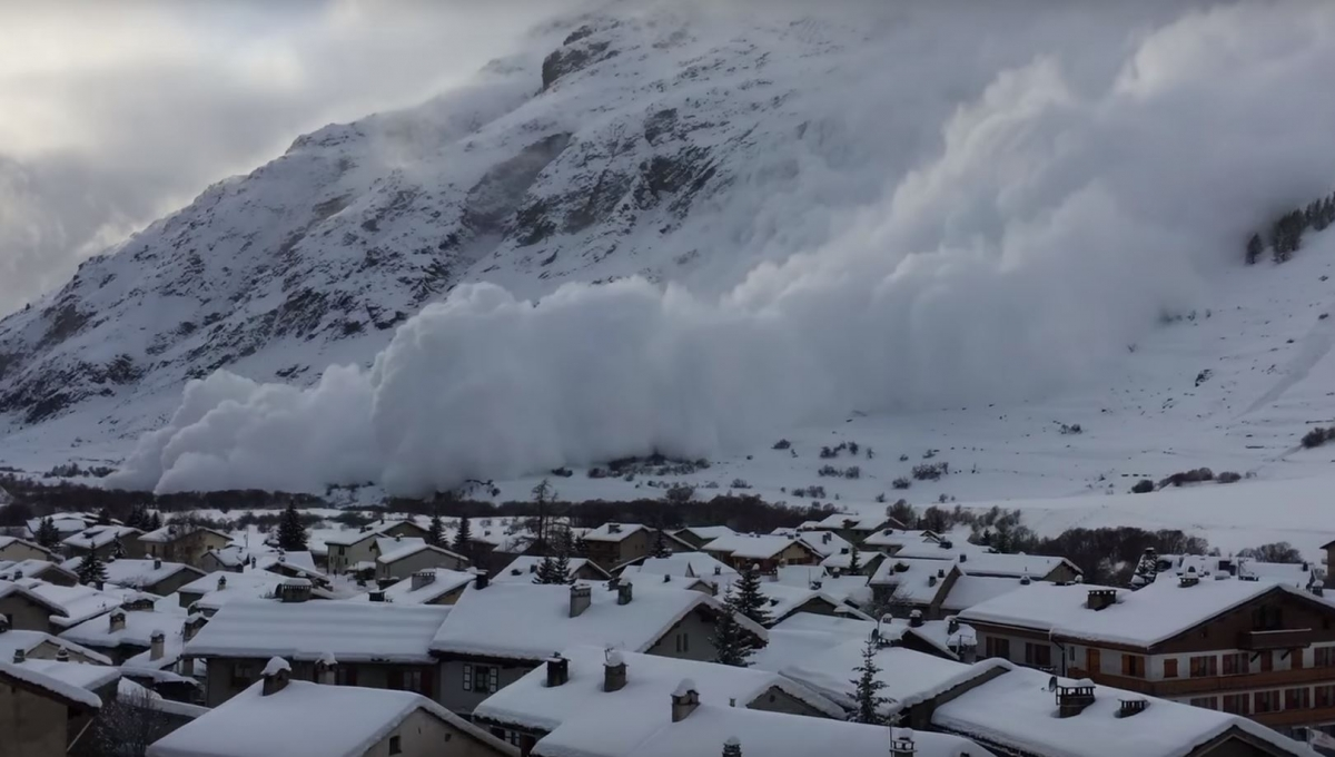 alps ski warning: footage shows avalanches hitting french and