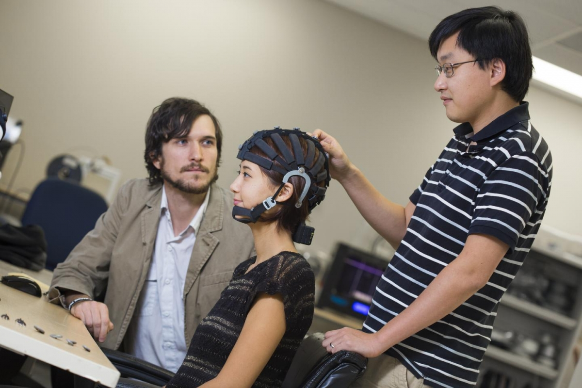 World's first portable EEG brain monitor