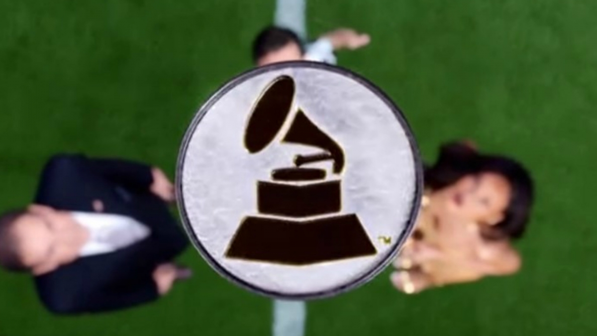 Rihanna Grammys advert