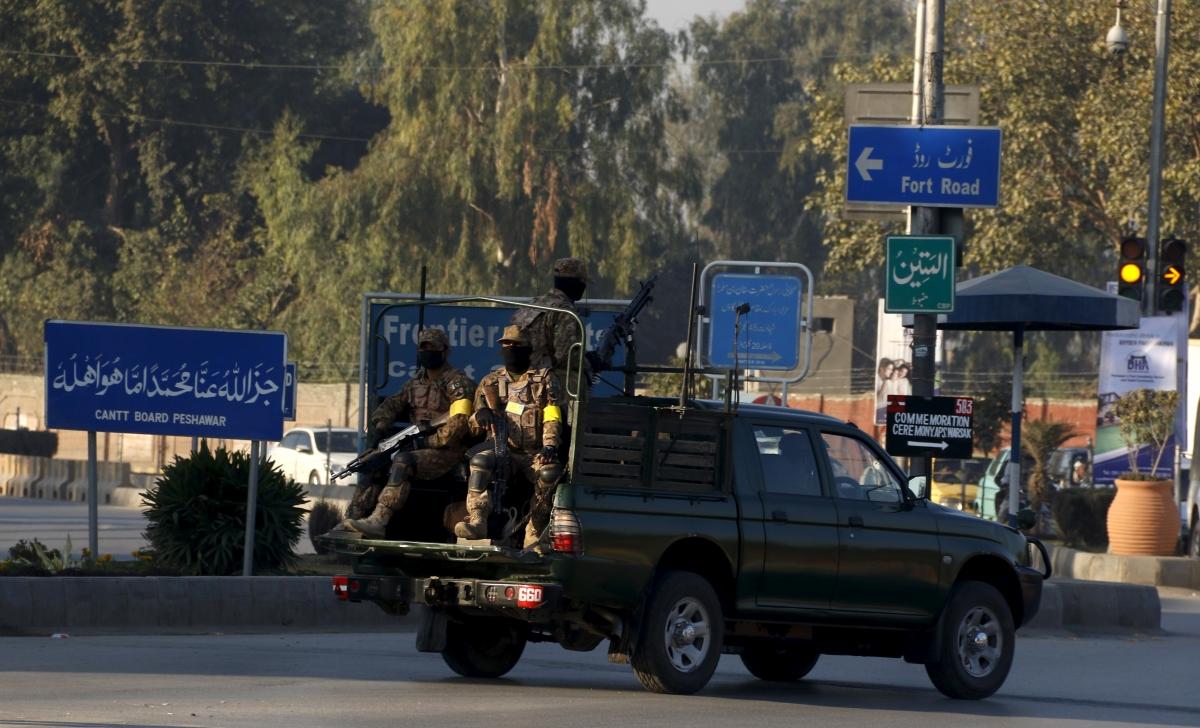 Pakistan Peshawar bomb attack
