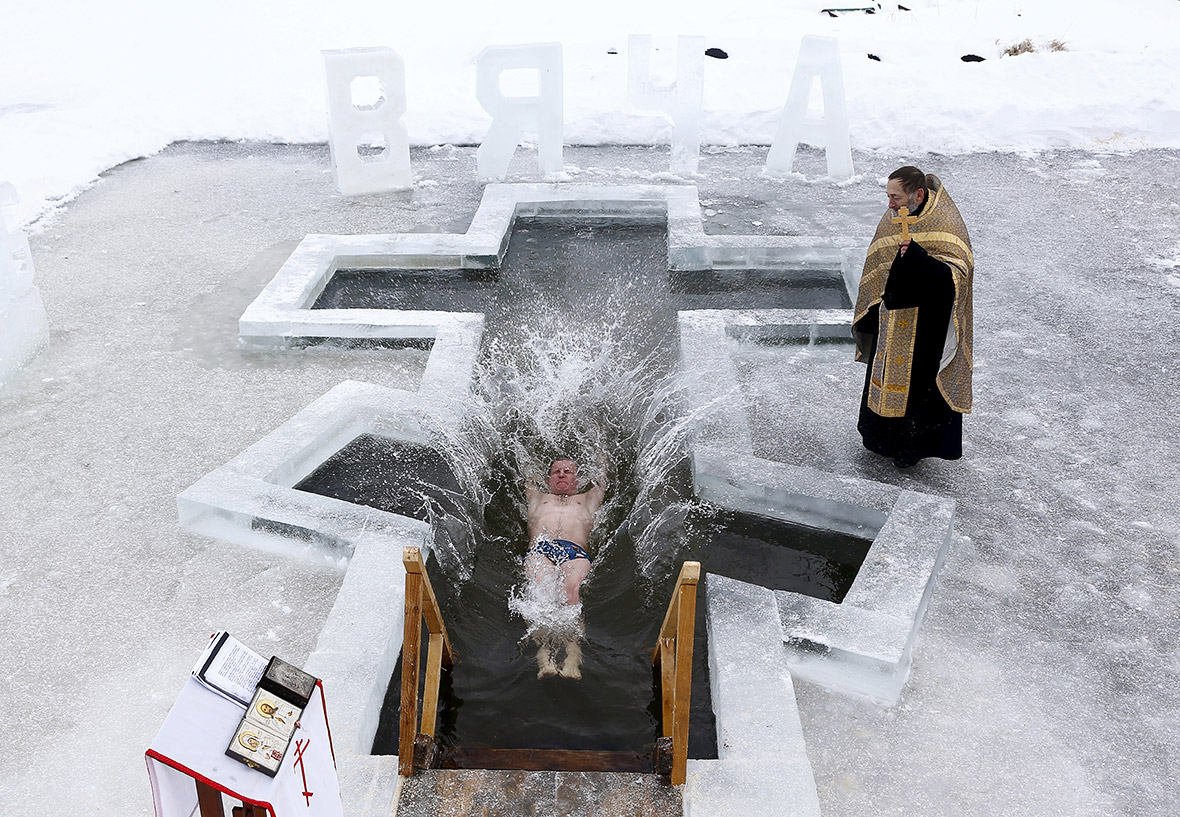 epiphany  russian orthodox christians plunge into frozen