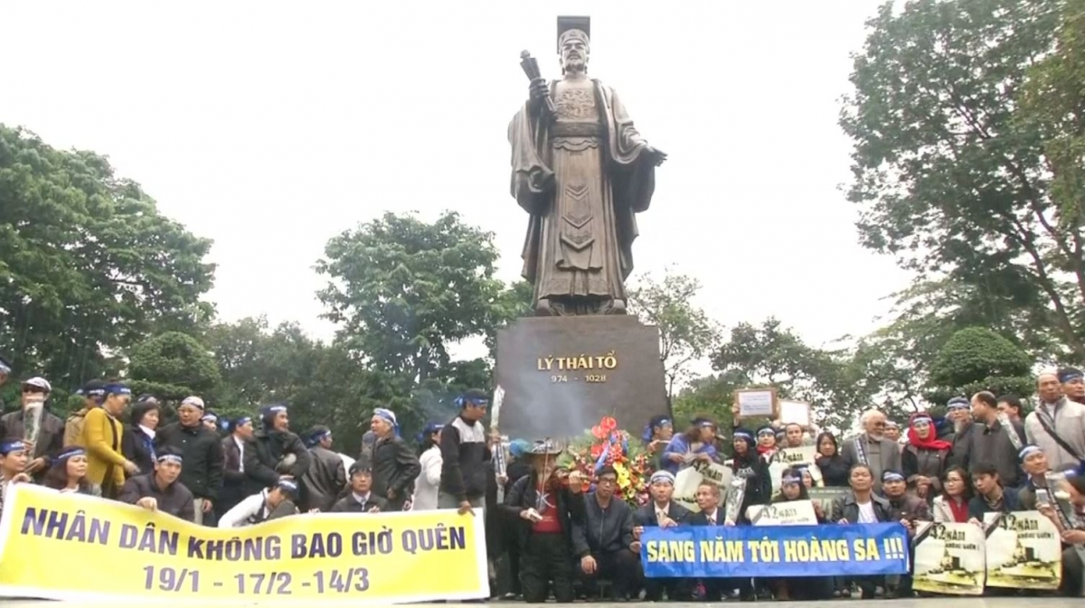 Anti-Beijing protesters in Vietnam