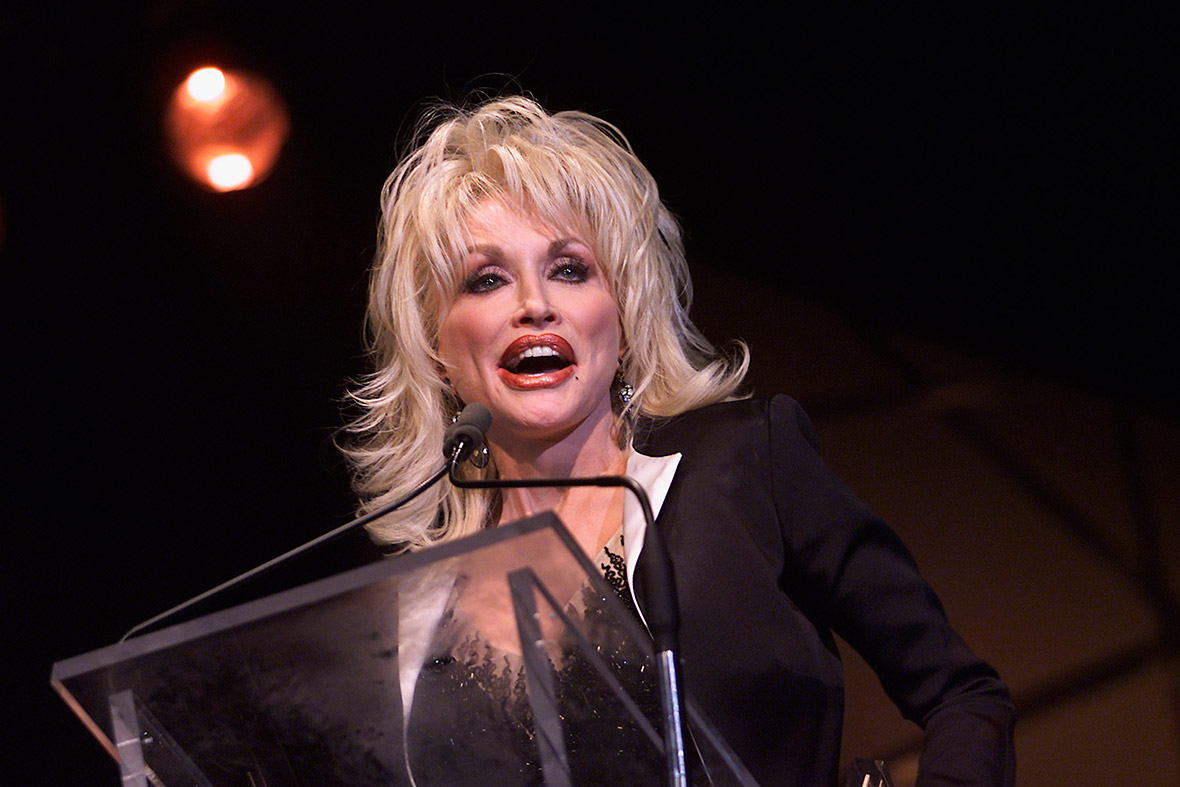 dolly parton turns 70