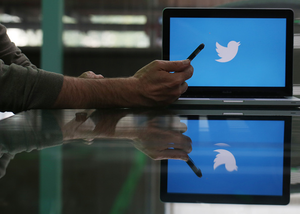 Twitter fixes outage on software issue blames crash on update glitch