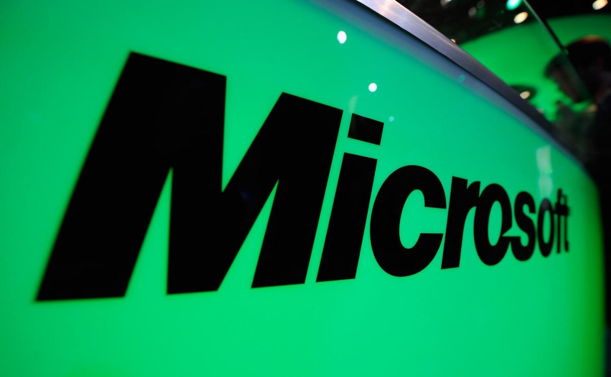 Microsoft donates $1 billion in cloud services